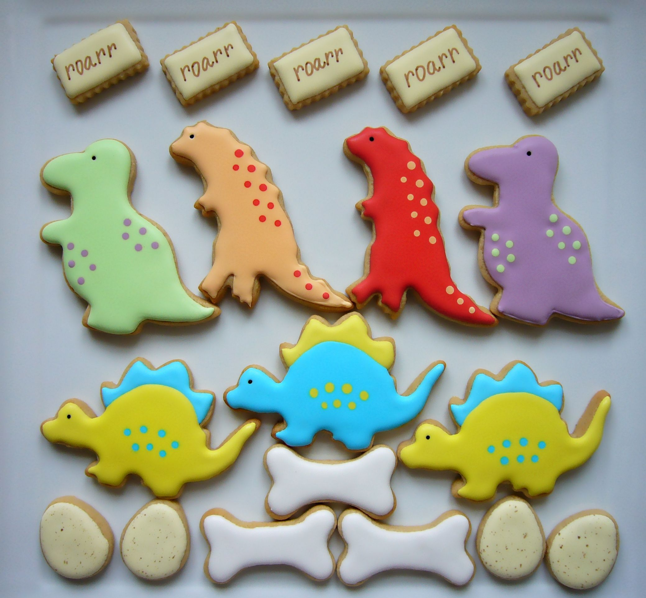 Cookie decorating party ideas - Dinosaur Cookies Decorated With Royal Icing