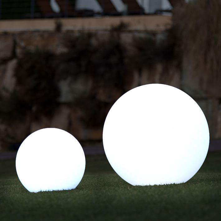 Mooni Full Moon Light Outdoor Globe Lights Outdoor Table Lamps Outdoor Solar Lights