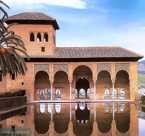 The Alhambra Islamic Arts And Architecture Alhambra Islamic Art Structure Architecture