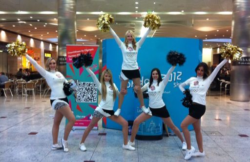 Zoo Fever Cheerleaders for countdown to the Olympics - 200 days to go! www.londoncheerleaders.co.uk