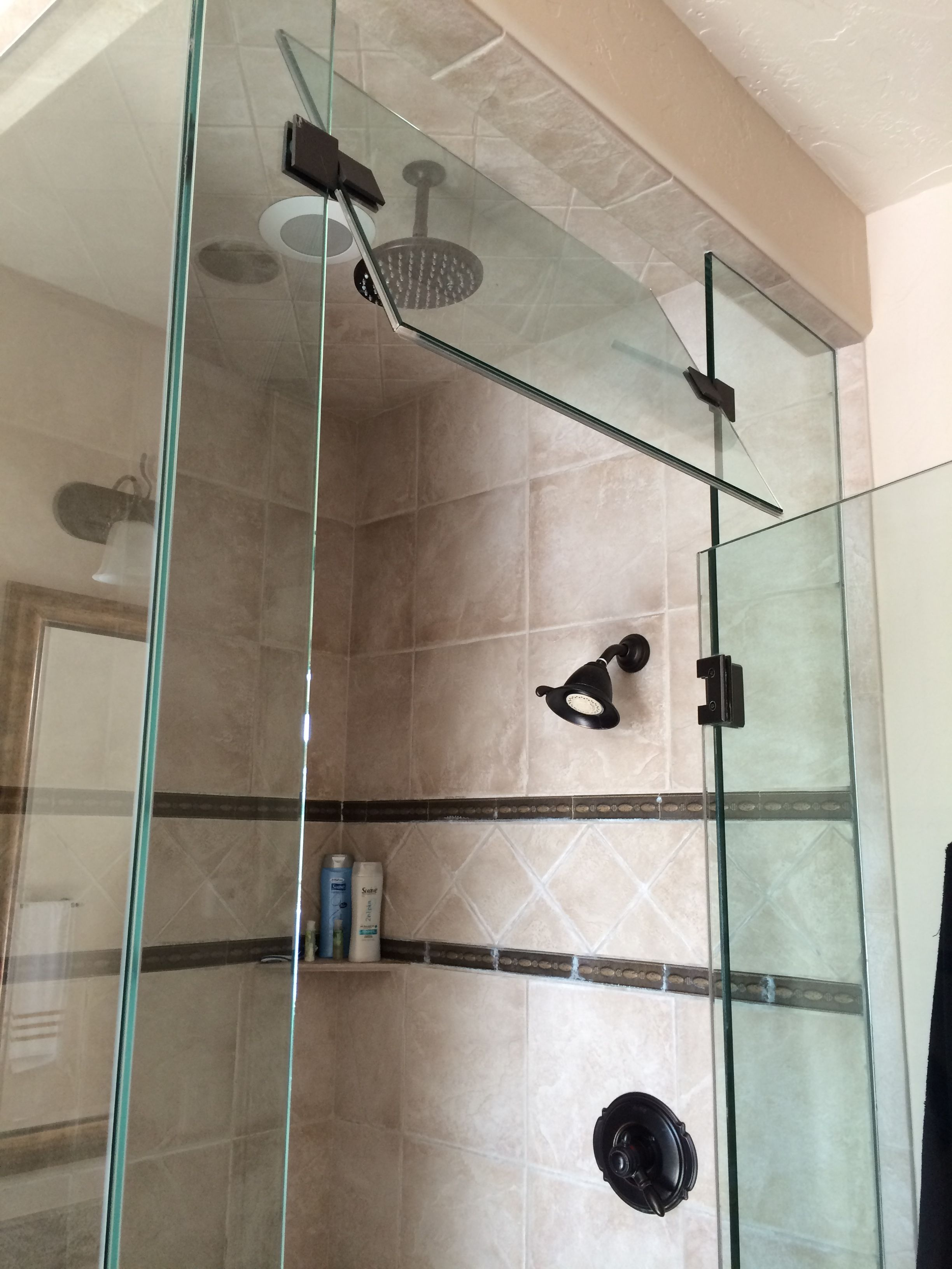 Steamer Shower With Vent Glass Top With Images Glass Bathroom