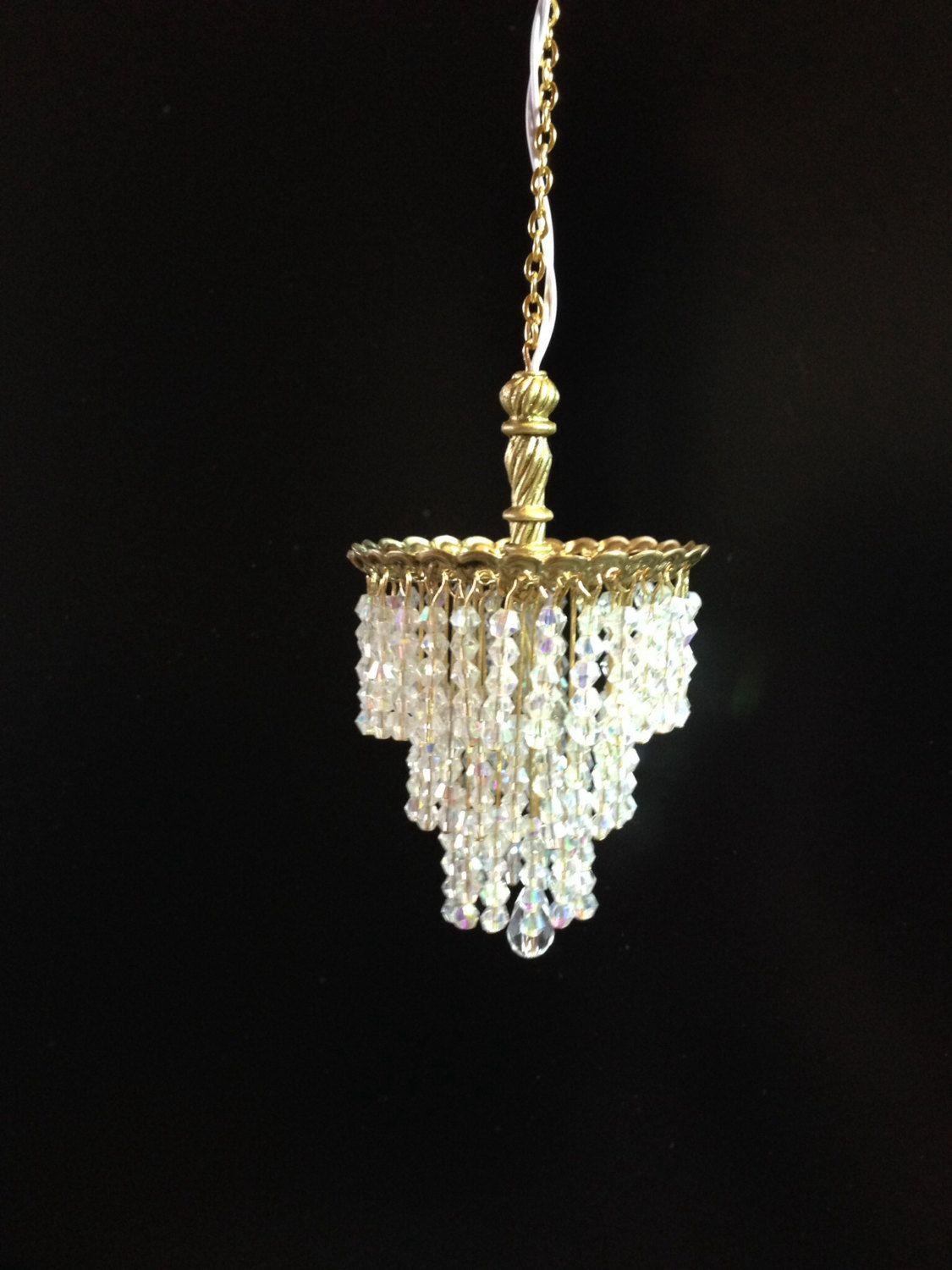 Artisan Made Dollhouse Miniature Chandelier Crystal Tiered Crystal Electric 12v 1 12 Wedding Cake By Coo Dollhouse Miniatures Doll House Dollhouse Chandelier