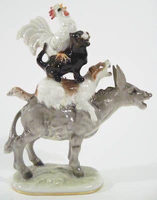 vintage hutschenreuther porcelain figurine town musicians of bremen germany vintage figurines. Black Bedroom Furniture Sets. Home Design Ideas