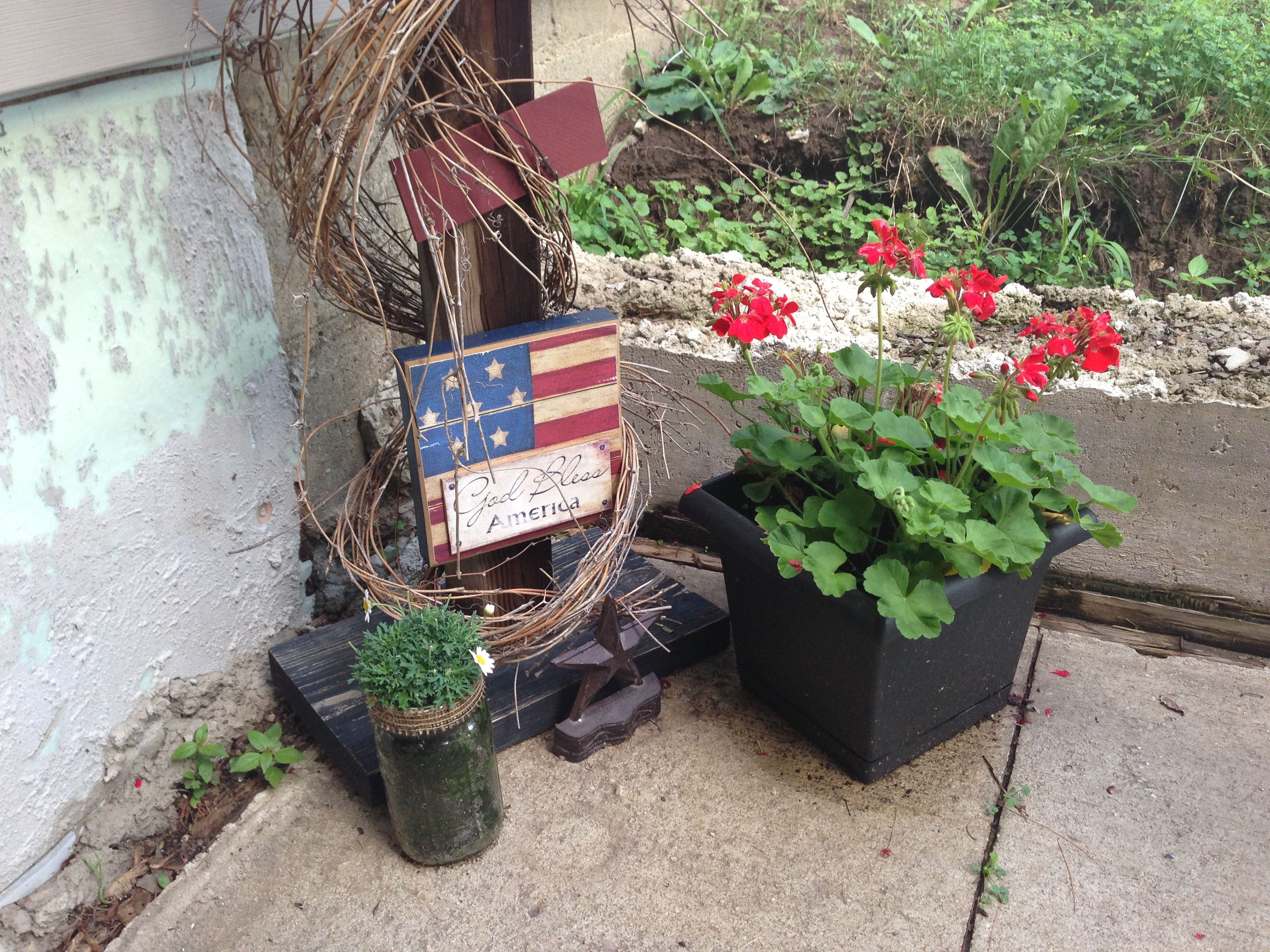 Patriotic Outdoor Decor By My Aunt Lisa