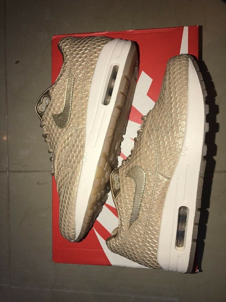 b60588565b65 Nike Wmns Air Max 1 PRM Size 9 - Nike Airs (This is a link to Amazon ...