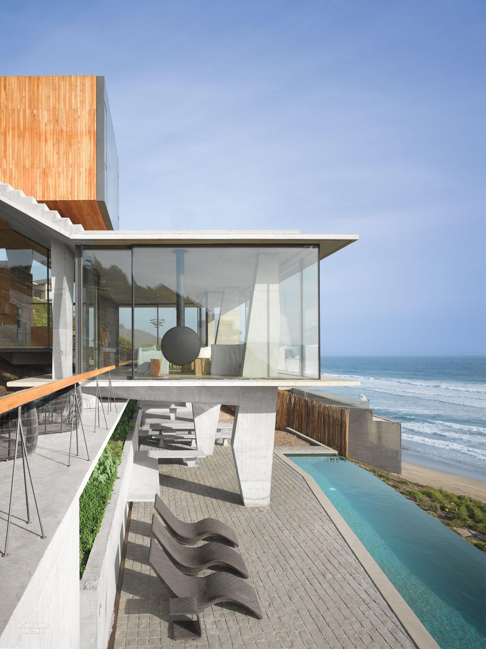 Max Núñez Arquitectos Embraces the Topography in an Avant-Garde ...