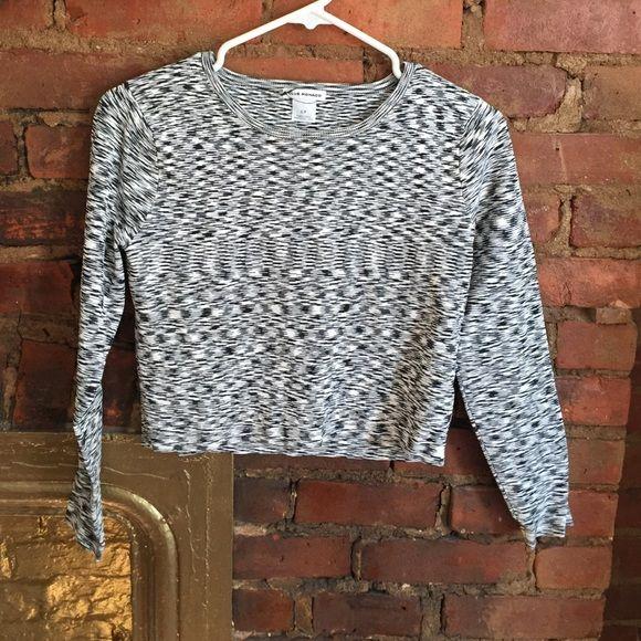 Club Monaco Space Dye Crop Sweater Club Monaco Space Dye Crop Sweater! Club Monaco Sweaters