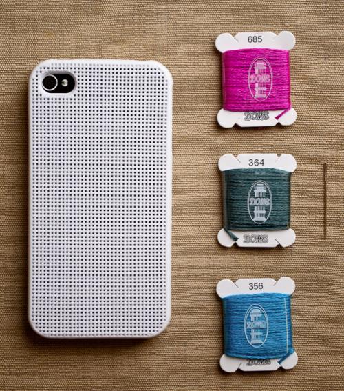 cross stitch iphone case @Nancy, dit zou ook wel eens een oplossing voor jou kunnen zijn!