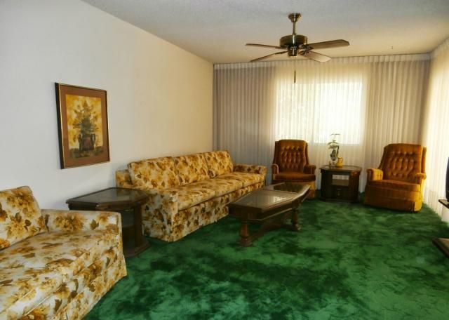 ugly house photos grandma 39 s house my home ideas and inspiration floral sofa floral couch. Black Bedroom Furniture Sets. Home Design Ideas