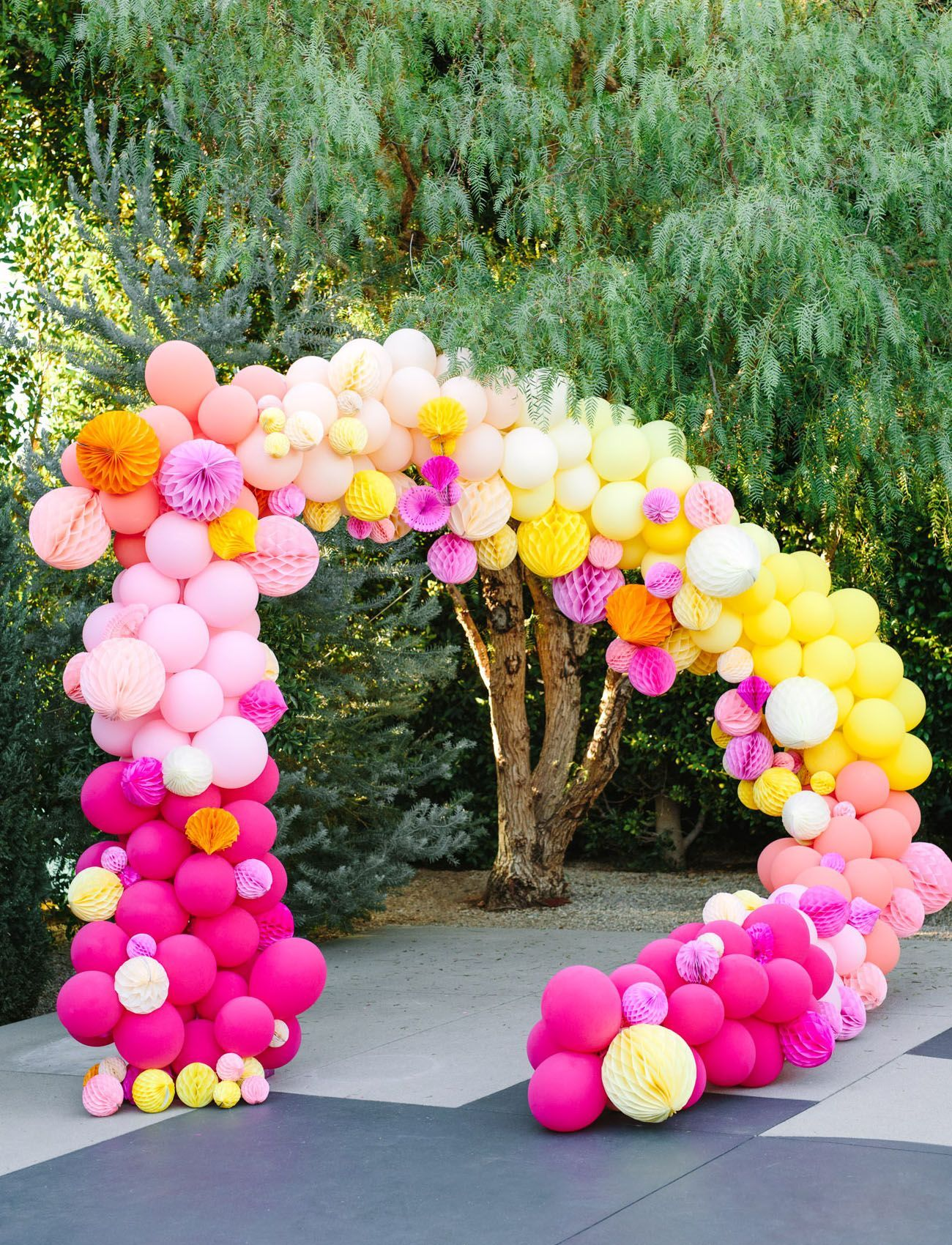 Colorful Wedding Inspiration with an Epic Balloon Backdrop ...