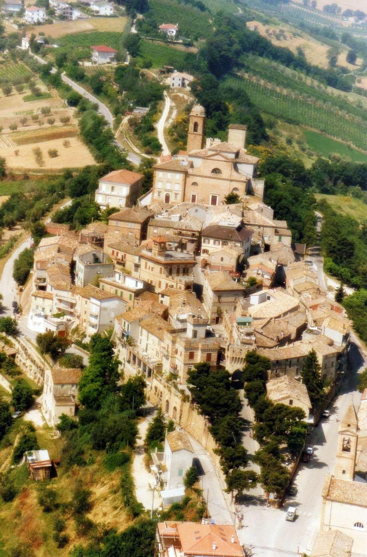 CAMPOFILONE - Panorama dall'alto (Fermo-Marche)