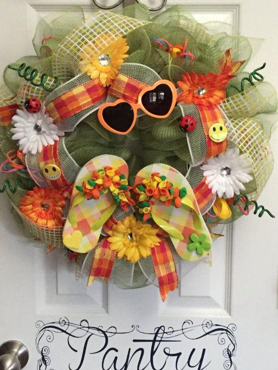 Summer Deco Mesh Flip Flop Wreath by SandstoneCustmWreath on Etsy