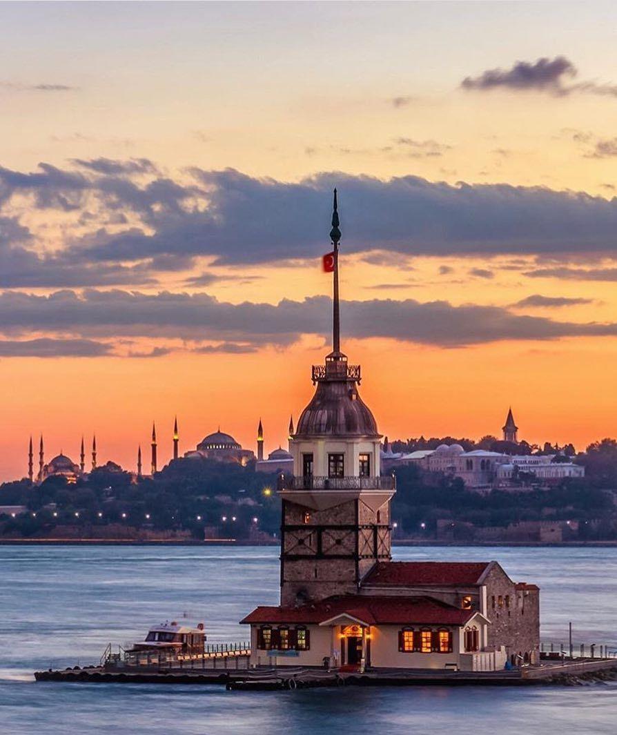 Instagram Da One Istanbul A Good Enough Reason To Visit Istanbul Abdullahshhn Istanbul Photography Istanbul City Istanbul Turkey