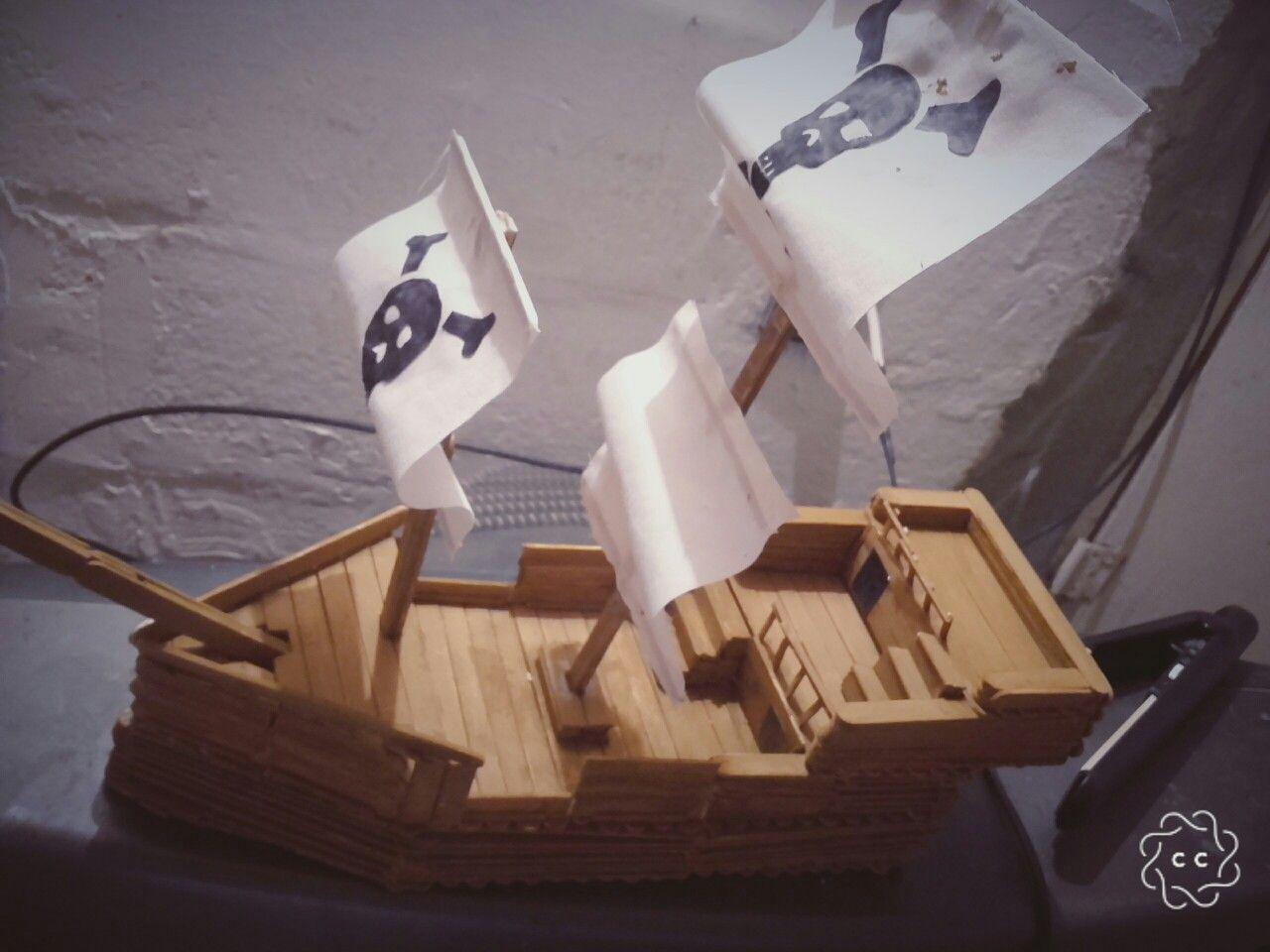 Barco Pirata Con Hechos Con Palitos De Helado Palitos De