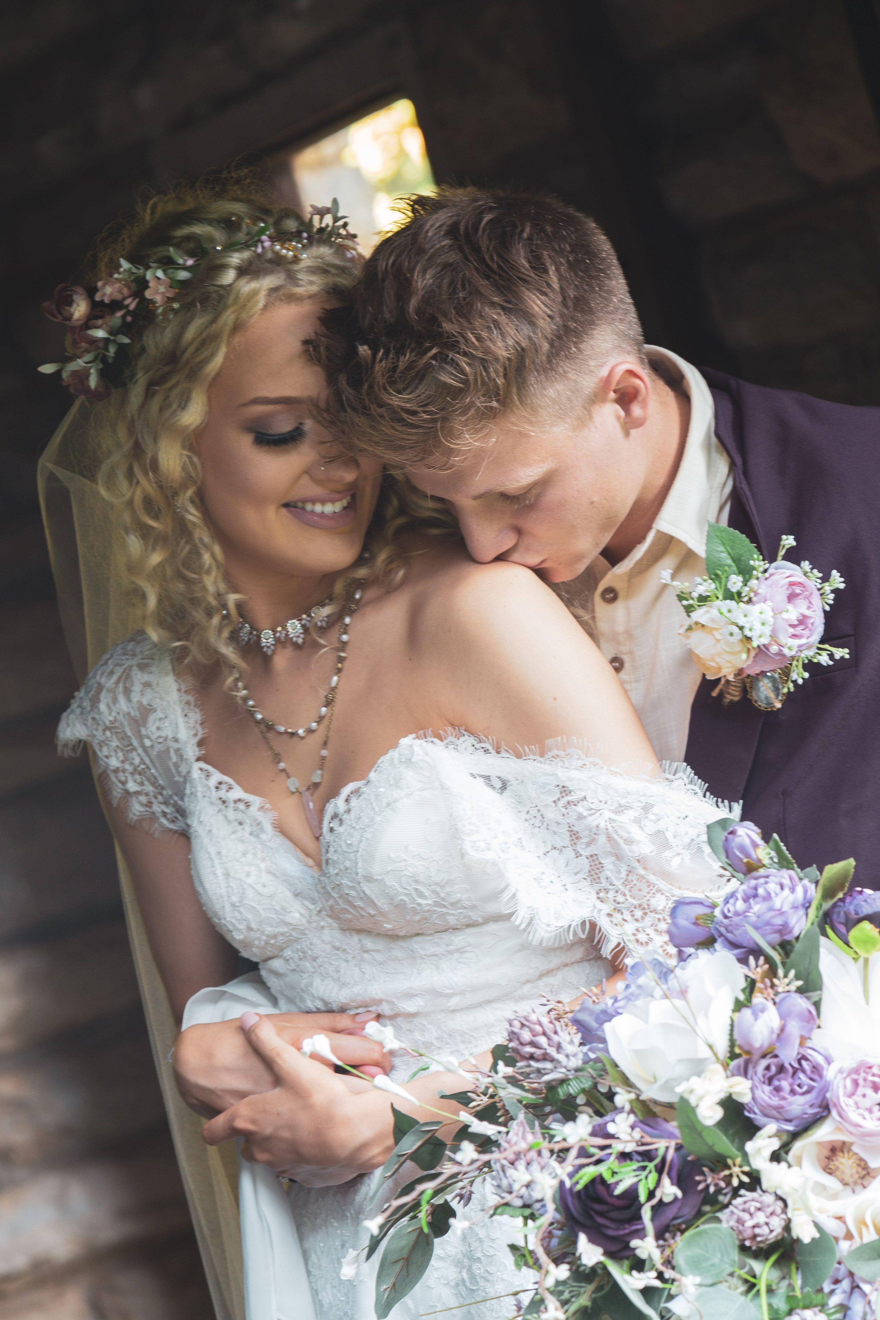 Sexy bride and groom portrait. iowaweddings
