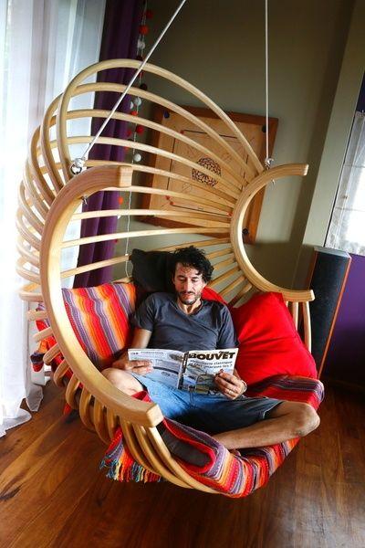 un fauteuil boule suspendu par toutenbois. Black Bedroom Furniture Sets. Home Design Ideas
