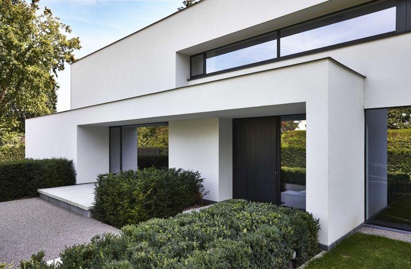 Afbeeldingsresultaat voor voordeur wit gestucte villa for Woningen moderne villa