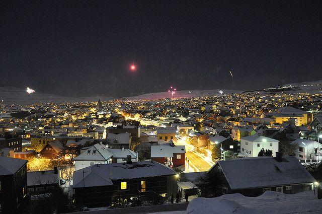 Nýggjársaftan 2009 í Tórshavn / New Year's Eve 2009 in Tórshavn, Faroe Islands by Marita Gulklett, via Flickr