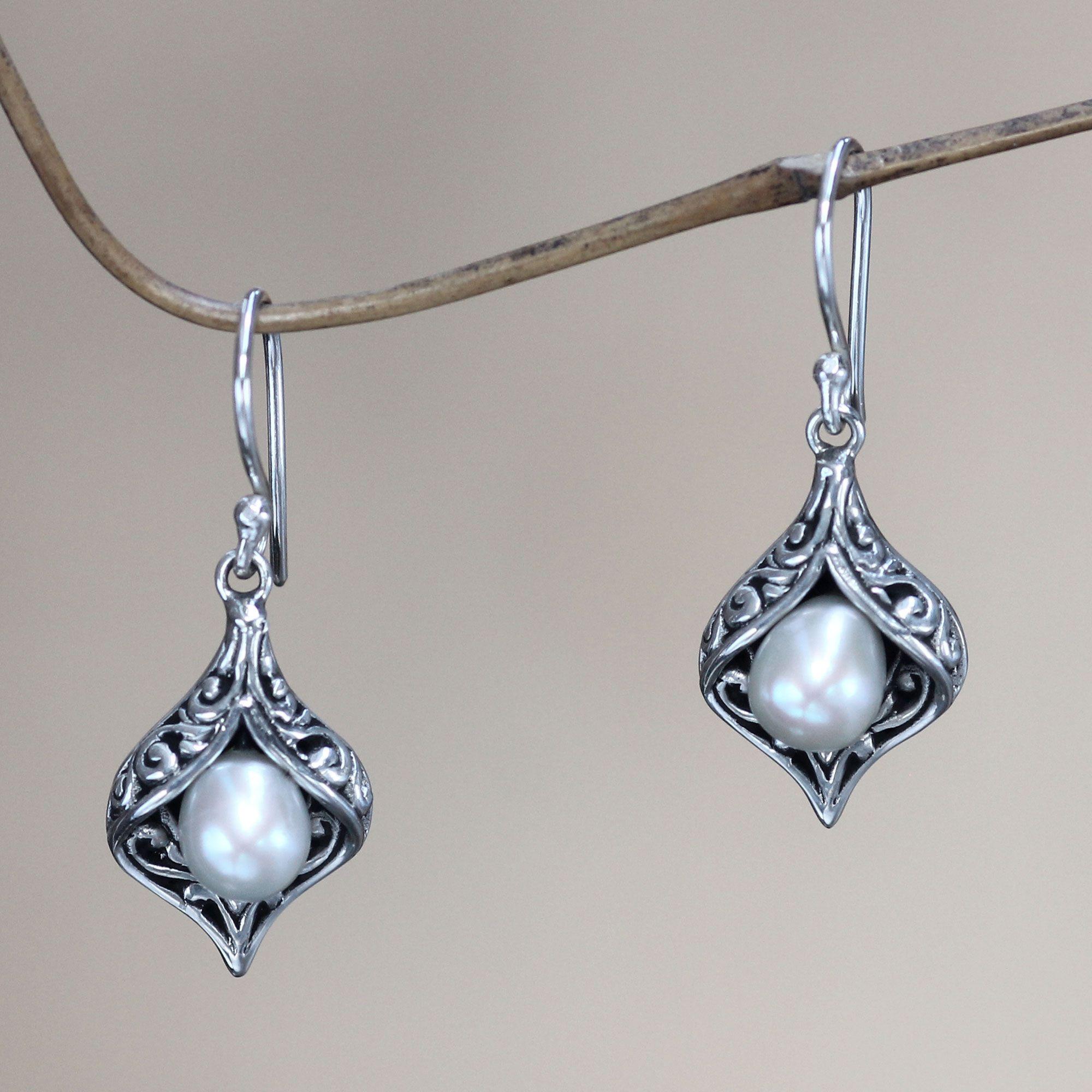 29+ Pearl drop earrings silver wedding information