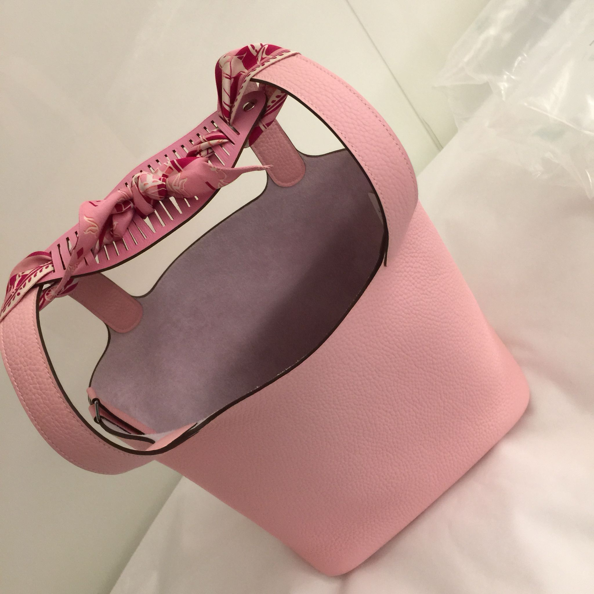 Hermes Picotin Lock 22 Rose Sakura With T Pe H Bracelet In Pink Turn Into A Shoulder Bag