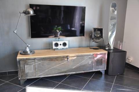 Meuble tv fait à partir d\u0027un ancien casier d\u0027atelier, style