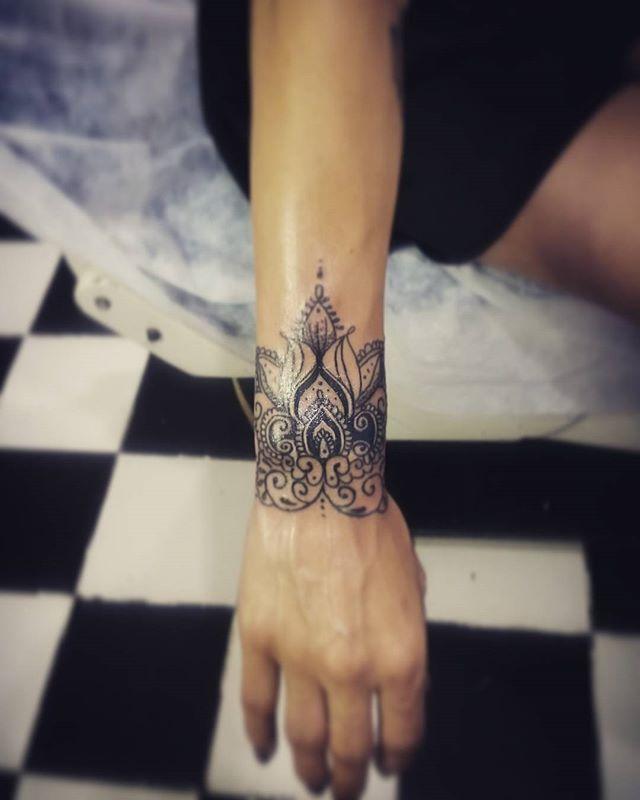 Handgelenk tattoo frauen Die besten