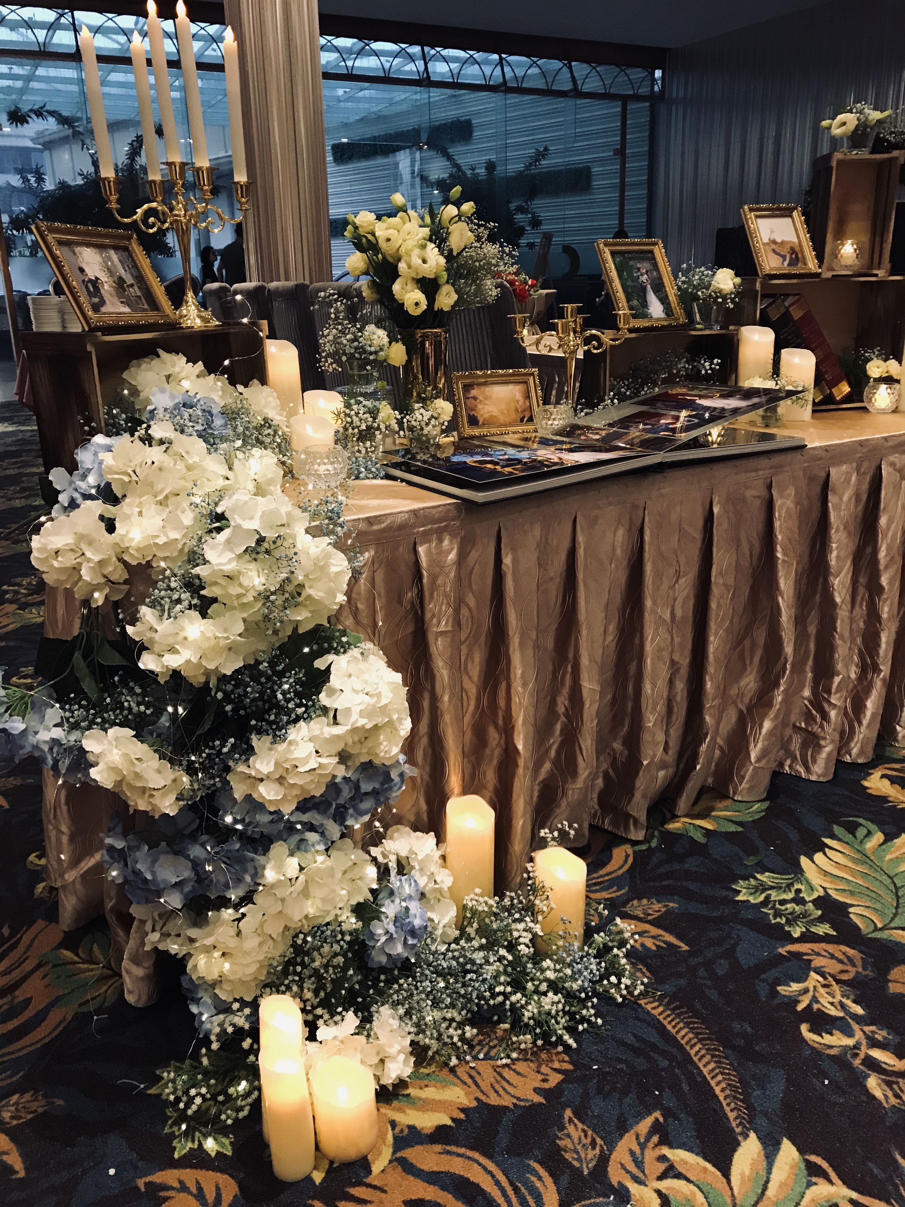 Pin By C2u On Floral Theme Table Decorations Floral Theme