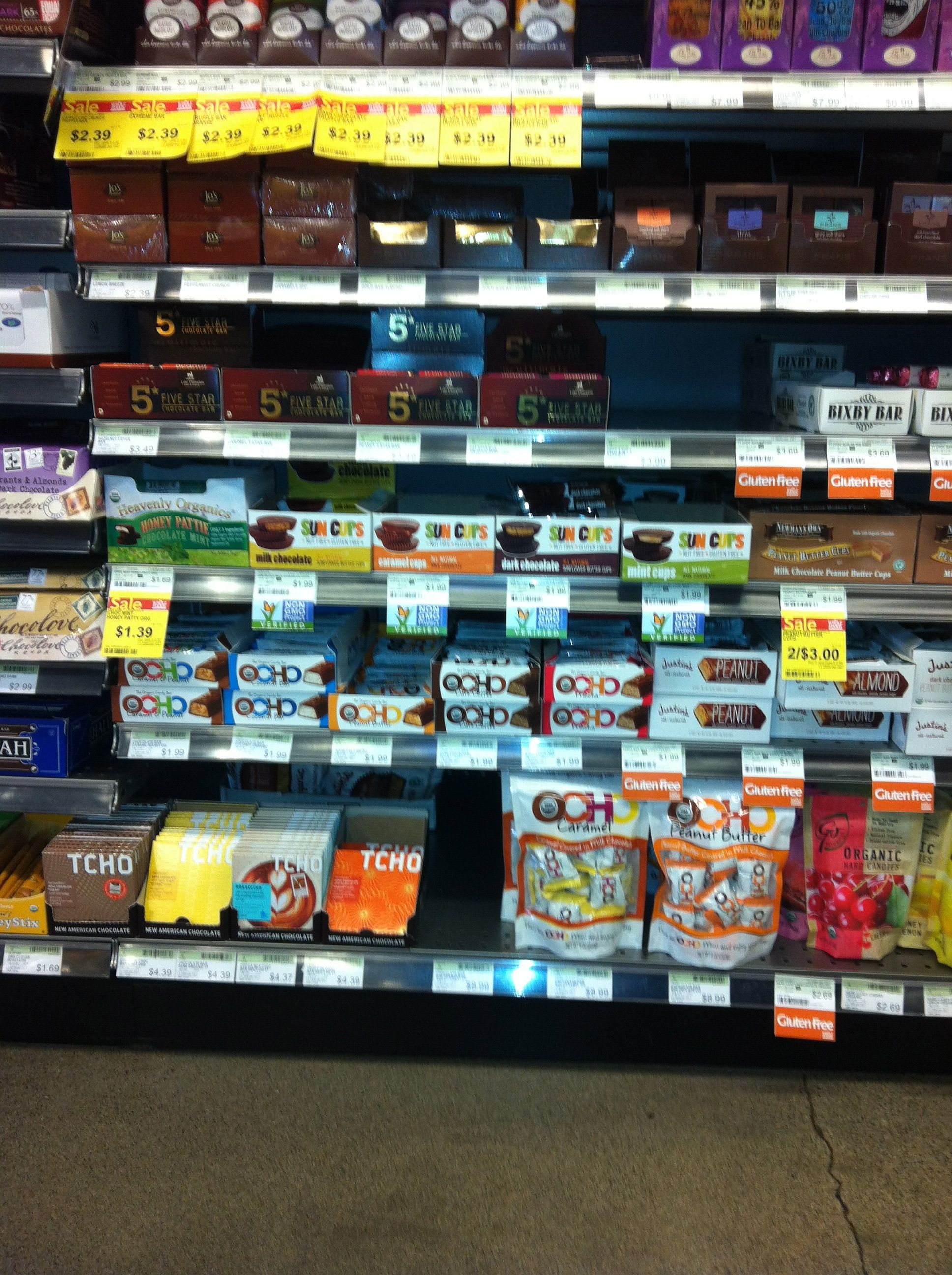Lynnwood store bar and mini shelf placement whole food