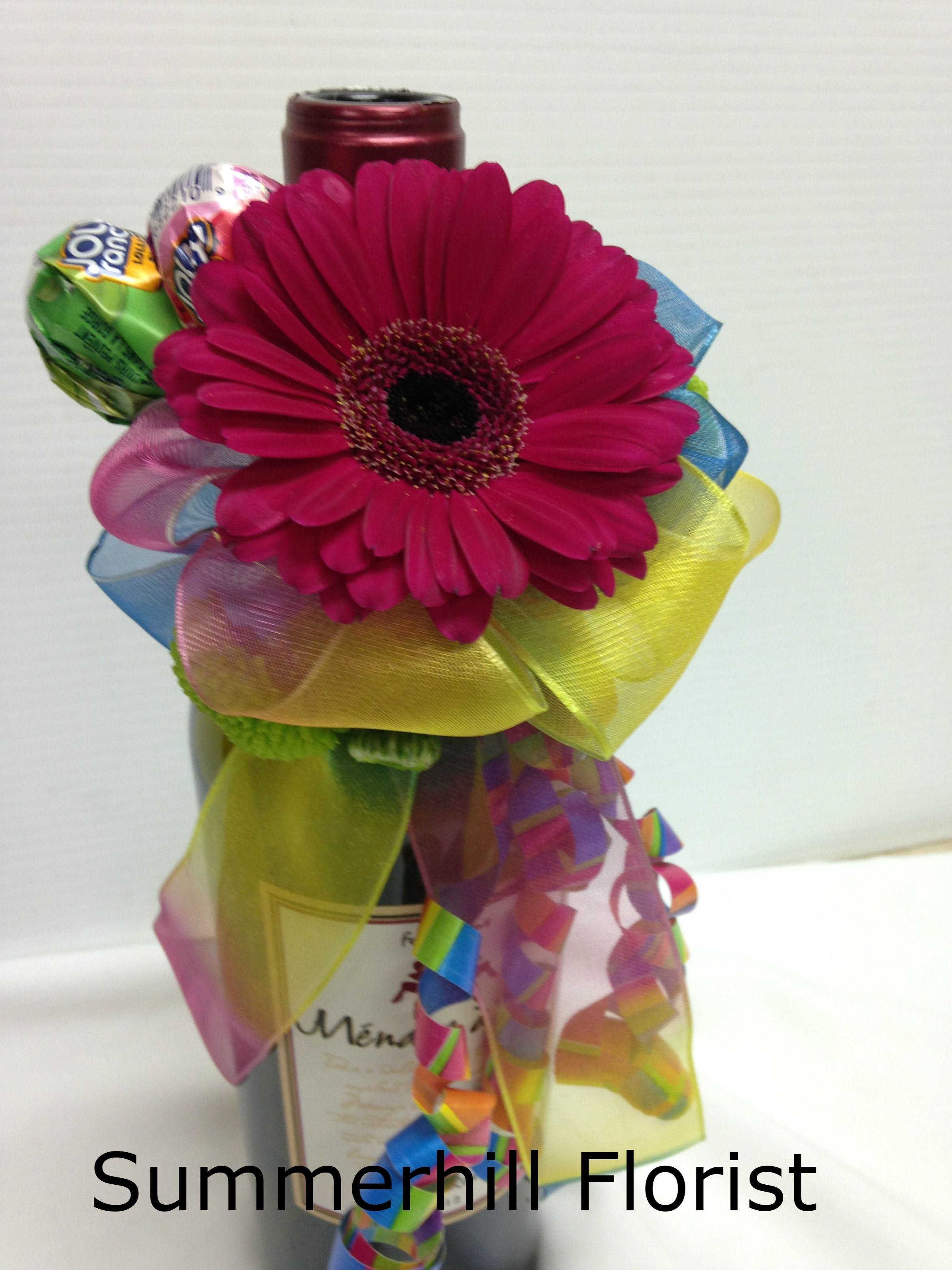 Fresh flower wine topper for birthday bottle! A gerbera