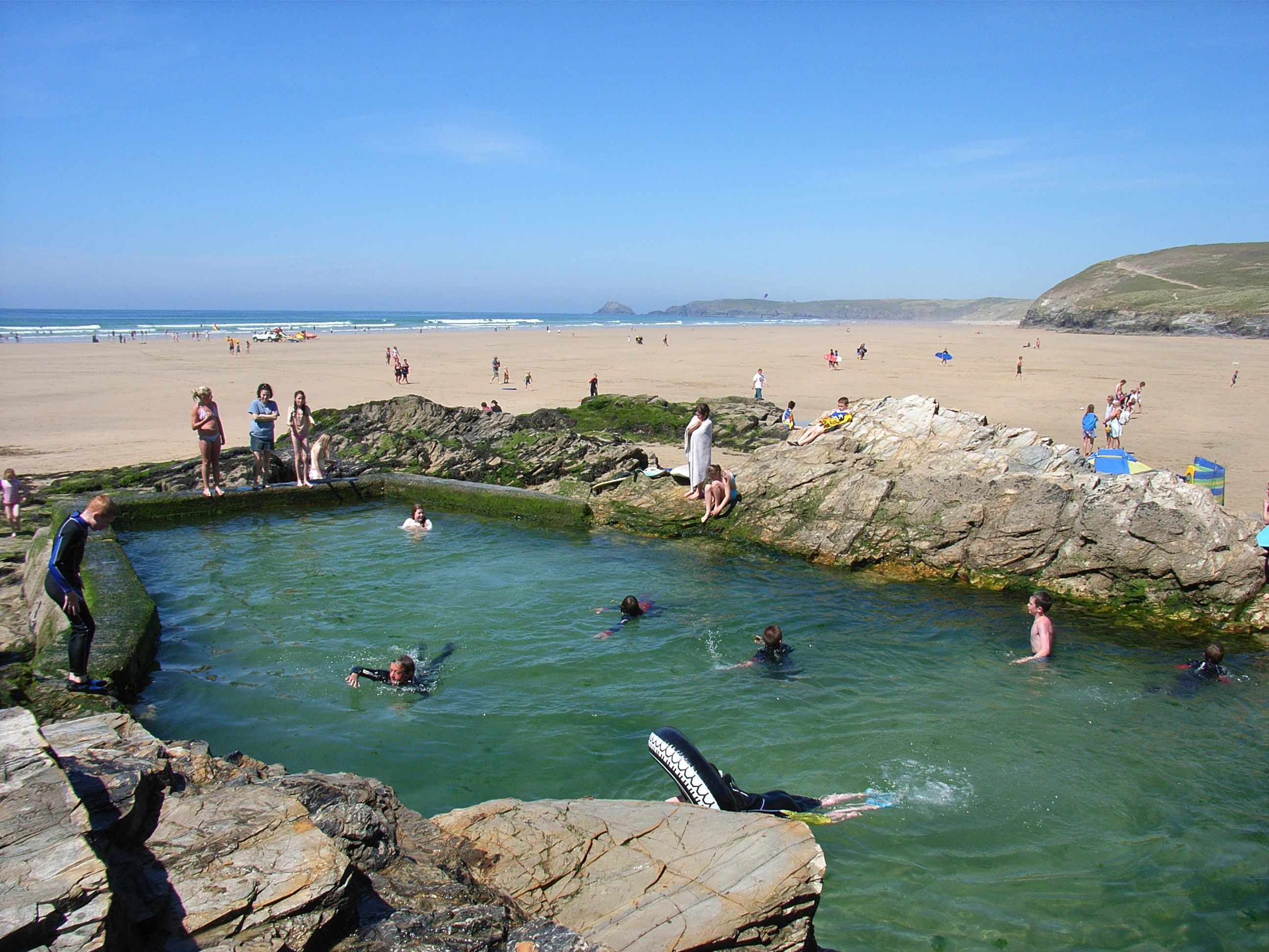 Swimming in the sea pool at chapel rock perranporth beach - Hotels with swimming pools cornwall ...