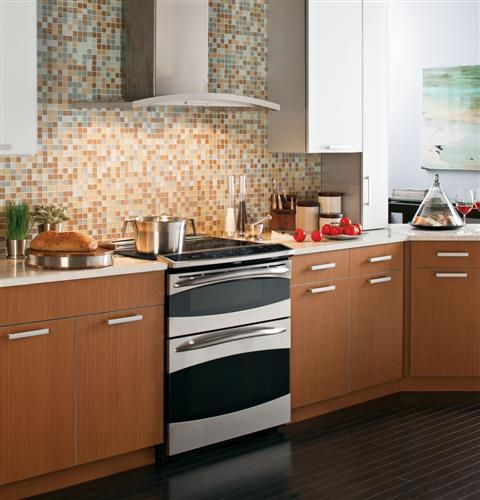 I Like This Ge Profile Hood With The Tile Behind Kitchen Remodel Range Hood Steel Wall
