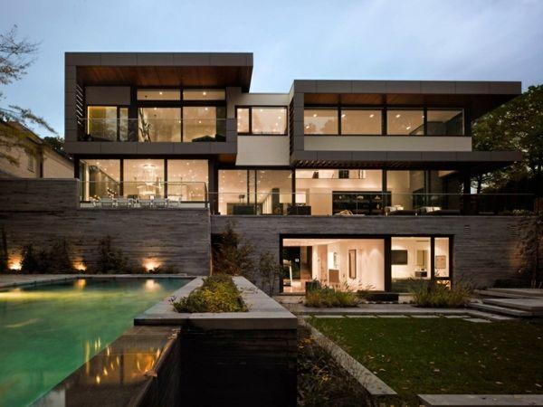 Traumhaus mit garten  Modernes Haus mit schönem Garten - zuerkannt und sehr begehrt ...
