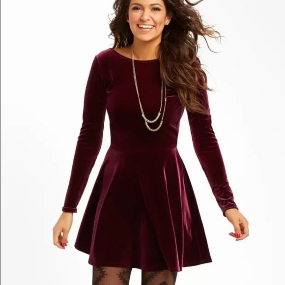 Velvet skater skirt dress Velvet long sleeve dress with skater skirt. Has a lower back. Super comfortable and great for dressing up or down. Wore it once to a formal. Great condition! Ordered from Aeropostale. Aeropostale Dresses Mini