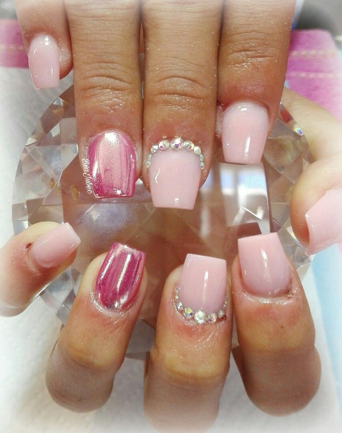 Uñas efecto espejo rosa Uñas pequeñas | uñas Betsa Jubec | Pinterest ...