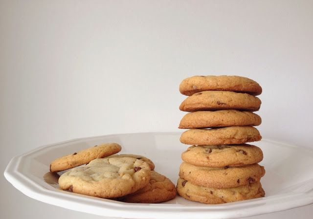 Honeycomb and Company.: bake it // The perfect chocolate chip cookie.