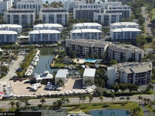 Santa Maria Ii 309 Apartment Fort Myers Beach Florida Santa Maria Ii 309 Apartment Offers Accommodati Fort Myers Beach Florida Outdoor Pool Florida Beaches