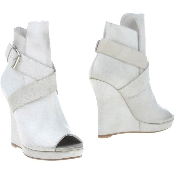 Masnada Ankle Boots ($330) ❤ liked on Polyvore featuring shoes, boots, ankle booties, white, white ankle boots, white booties, ankle boots, white wedge booties and leather wedge booties