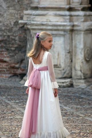 Persistente salario Fecha roja  pikiliki | Comunión | Vestidos comunion niña, Vestidos para primera comunion,  Vestidos de arras niñas