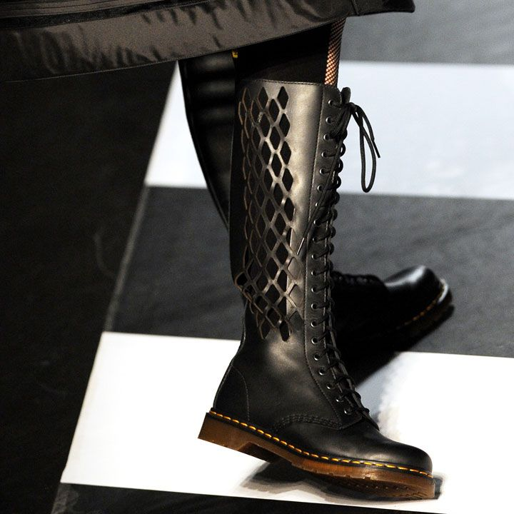 Jean-Paul Gaultier signe une collection pour Dr. Martens - winter 2009 - ARGL ! I could die !!