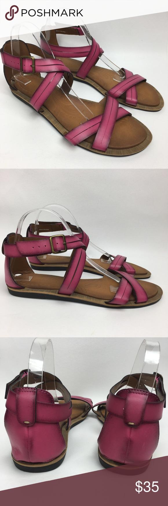 f290bd39f9f Clark s Sz 10M Pink Gladiator Flat Vegan Sandals Pre Owned
