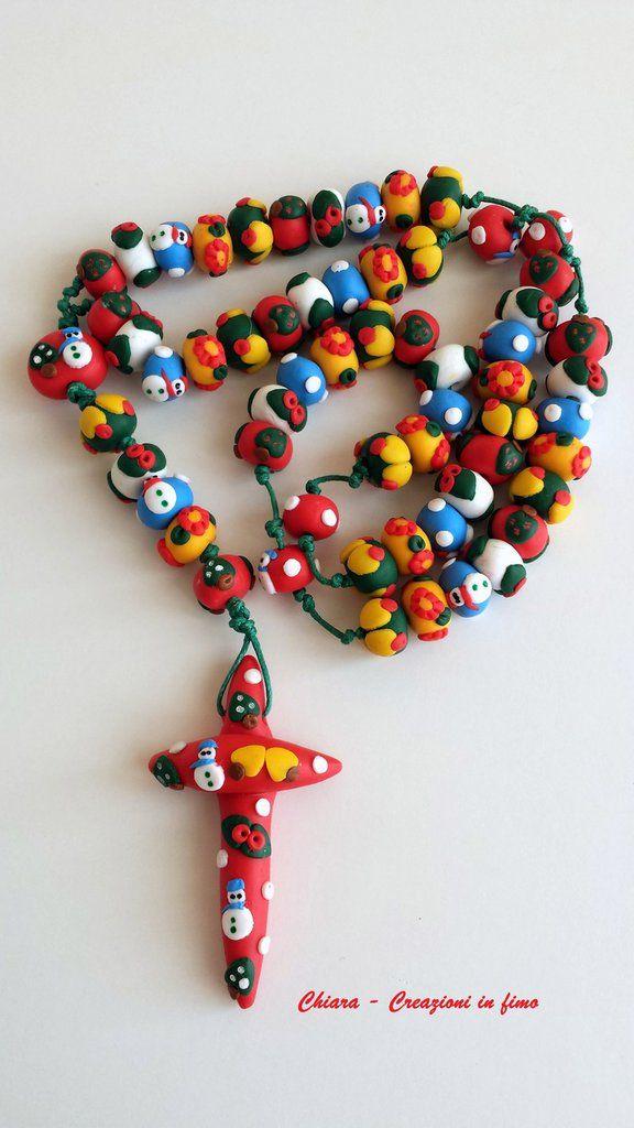 Rosario in fimo fatto a mano con motivi natalizi in rilievo - creazioni personalizzabili , by Chiara - Creazioni in fimo, 40,00 € su misshobby.com