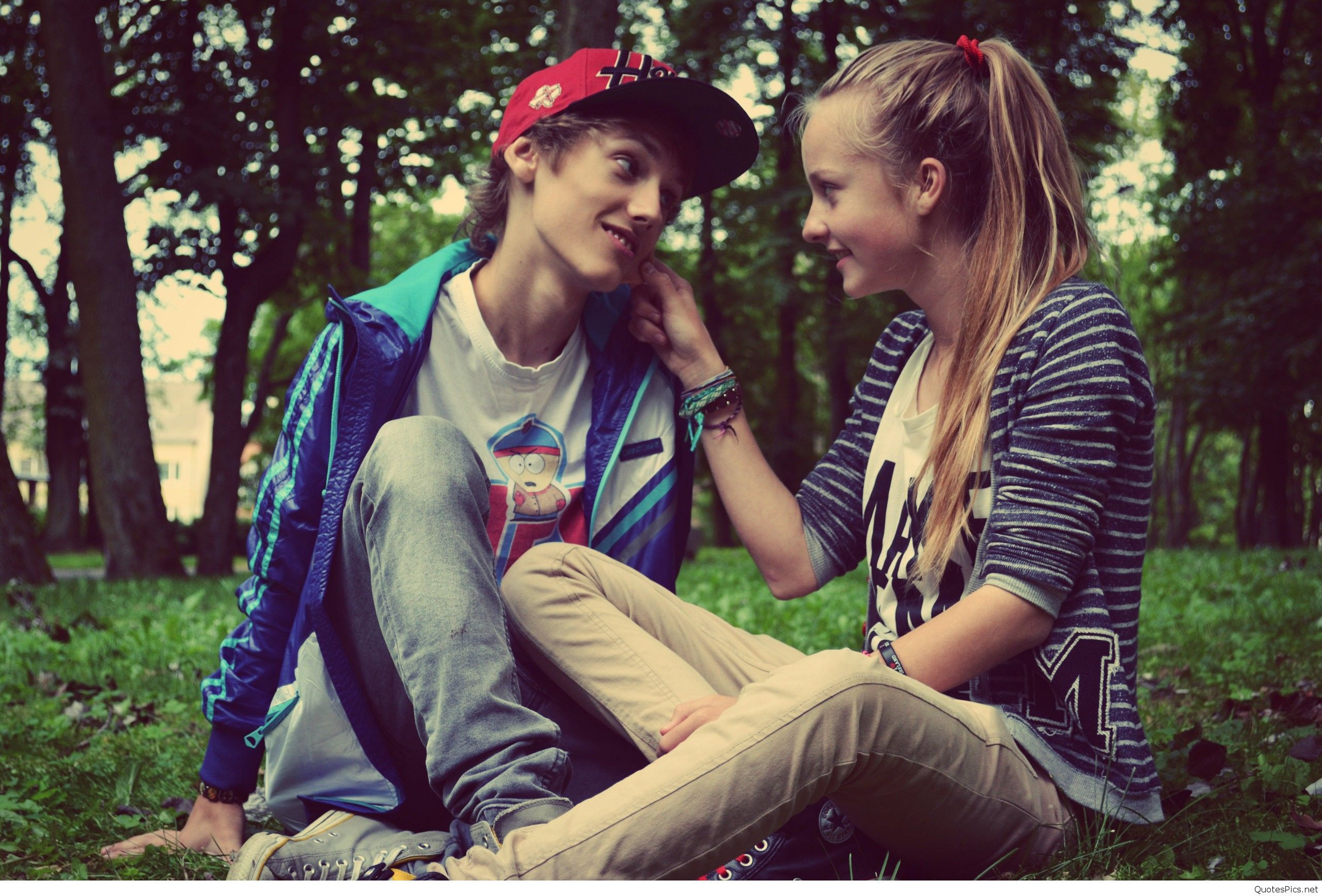 Love Couple Pictures Images And Wallpapers For Facebook Enjoy And
