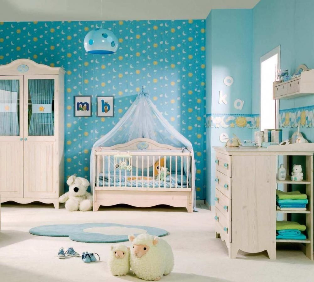 Baby room decorations - Blue Sky Themed Baby Nursery Room Decoration With Blue Sun Moon Star Wallpaper And Natural Wood