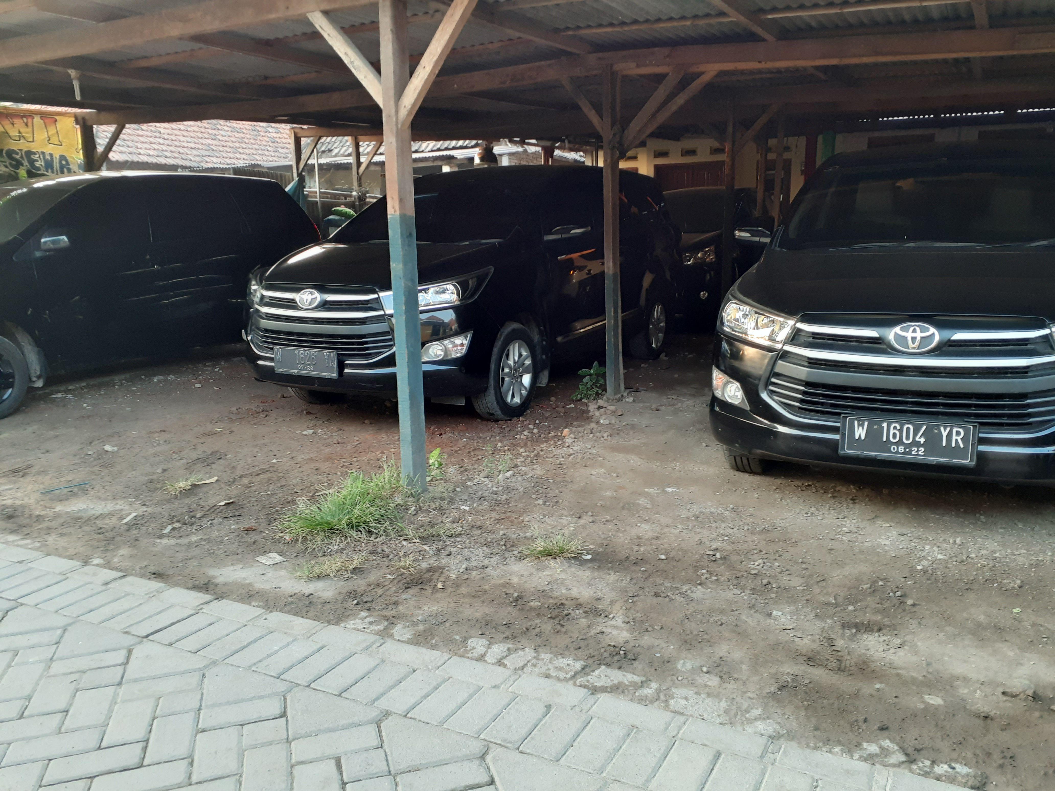 Sewa Mobil Murah Sidoarjo Www Dwijayatrans Com Mobil Mewah Surabaya Kemewahan