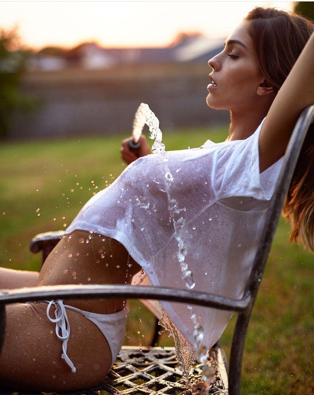 Pin by Jay on Women   Cool girl, Wet t shirt, Beautiful