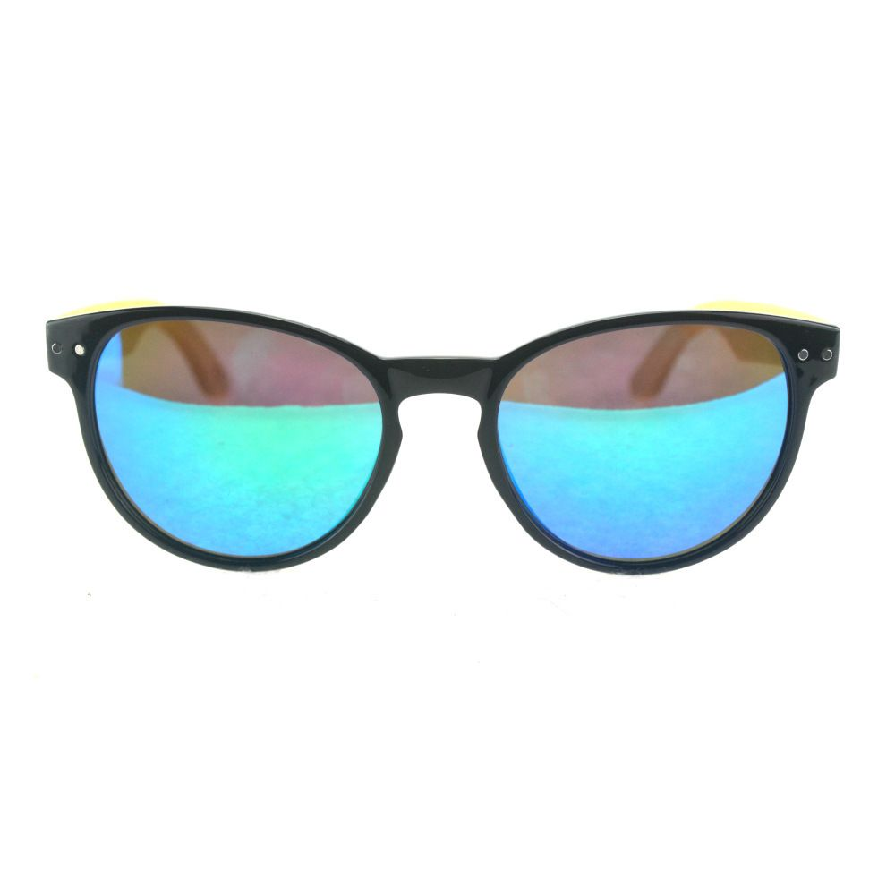 f6a94987ba70 Black Frame with Polarized Blue Green Mirror Lens is fashion vintage style  woman sunglasses.it