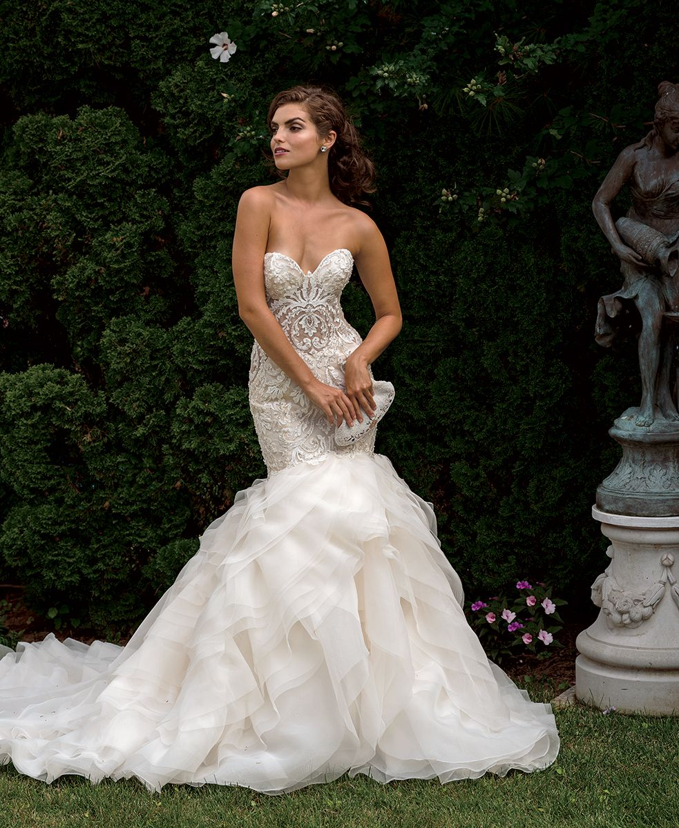 Ivory sweetheart neckline fit and flare three for Sweetheart neckline fit and flare wedding dress