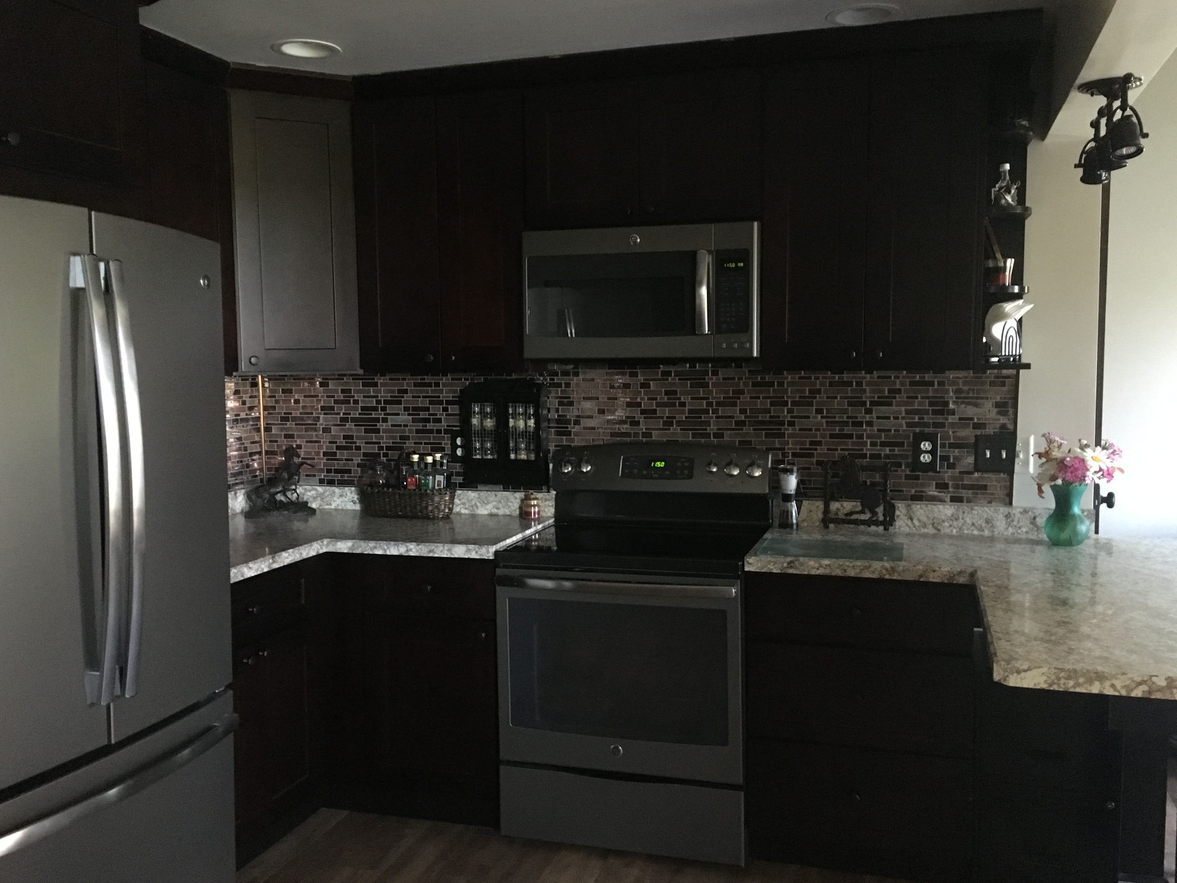 Hello Guys Shaker Espresso Kitchen Refacing By Lily Ann Cabinets Customer Review Shaker Style Kitchen Cabinets Kitchen Cabinet Styles Kitchen Cabinets