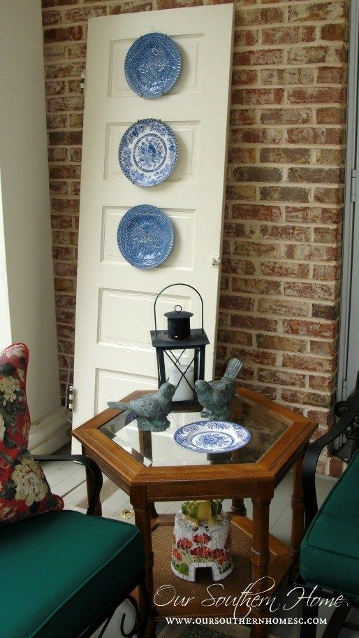 Painting Outdoor Furniture {Thrift Store Find} #thriftstorefinds