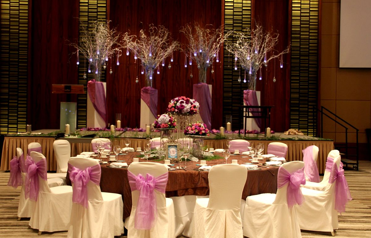 Elegant Wedding Table Set Up By Hizons Catering